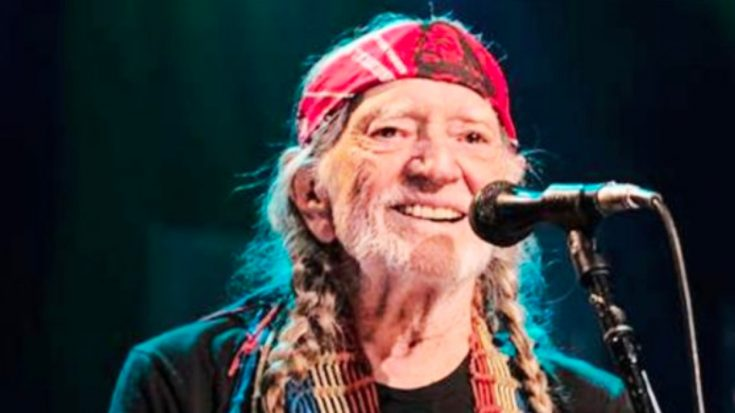 """Willie Nelson Shares His Secret To A Long Life: """"Pay For The Day"""" 