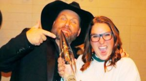 The True Reason Garth Brooks' Daughter Allie Doesn't Sing With Him Anymore