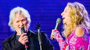 Kris Kristofferson And Barbra Streisand Recreate 'A Star Is Born' Duet 43 Years Later