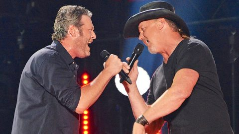 Blake Shelton Announces New Duet With Trace Adkins Classic