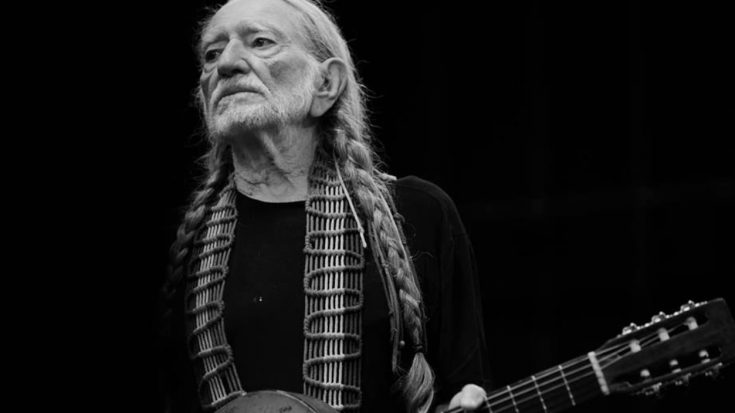 Willie Nelson Shares Health Update After Experiencing 'Breathing Problem' | Classic Country Music Videos