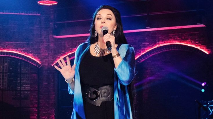 Due To Illness, Crystal Gayle Cancels Three Appearances | Classic Country Music Videos
