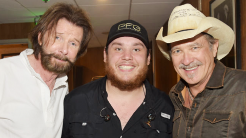 "Brooks & Dunn Joins Forces With Luke Combs On ""1, 2 Many"" 