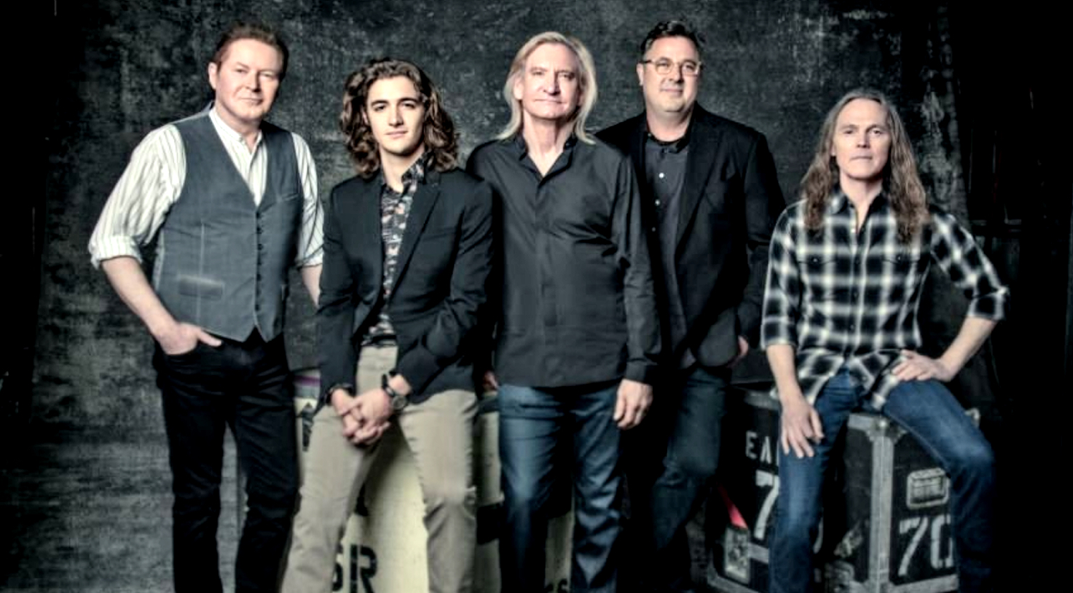 the eagles announce 2020 hotel california tour with vince gill classic country music. Black Bedroom Furniture Sets. Home Design Ideas
