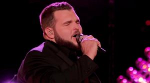 Jake Hoot Sings Trace Adkins' 'Every Light In The House' At Request Of 'Voice' Viewers