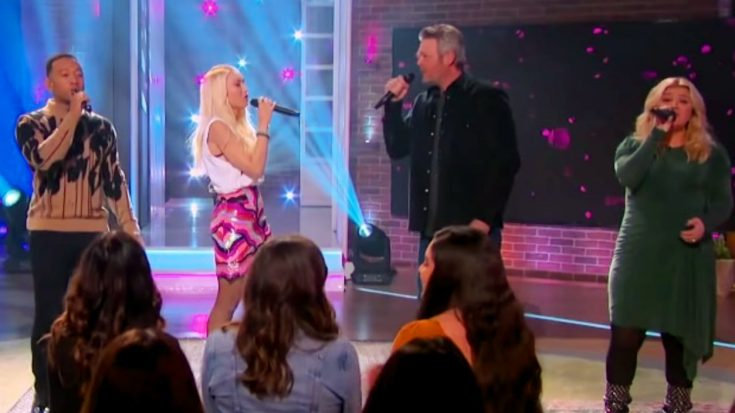 Blake, Gwen, & John Join Kelly Clarkson To Sing Brooks & Dunn's 'Neon Moon' On Her Talk Show | Classic Country Music Videos