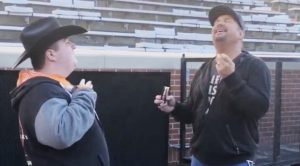 Garth Brooks Shares Pre-Concert Duet With Fan With Special Needs