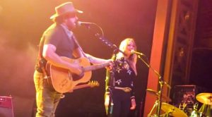 "Miranda Lambert Joins Randy Houser In NYC To Sing Conway & Loretta's ""After The Fire Is Gone"""