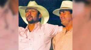 Tim McGraw Pays Tribute To Father On 16th Anniversary Of His Passing