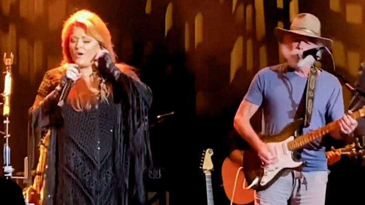 """Wynonna Judd & Grateful Dead's Bob Weir Sing """"Why Not Me"""" 