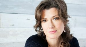 Amy Grant Discovers She's Had A Heart Condition Since Birth