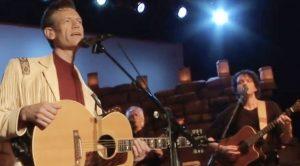 Randy Travis Mourns 'Brother' & Guitarist Robb Houston