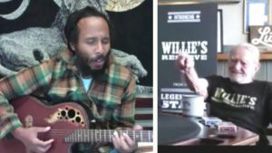 """Ziggy Marley Sings Dad Bob Marley's """"One Love"""" To Willie Nelson"""