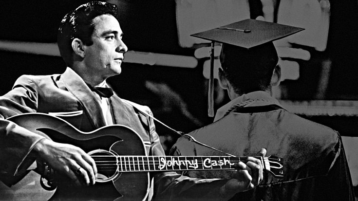 1949 – Johnny Cash Performs In Public For First Time At His High School's Graduation | Classic Country Music Videos