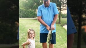 Toby Keith Teaches Granddaughter How To Fish