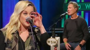 "Craig Morgan Makes Kellie Pickler Cry While Singing ""The Father, My Son, And The Holy Ghost"""