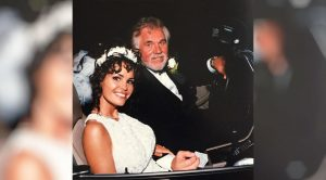 Kenny Rogers' Widow Honors 1st Wedding Anniversary Since His Death