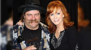 Reba McEntire Mourns Death Of Close Friend