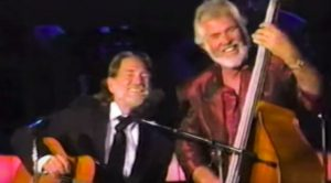"Kenny Rogers Offered ""The Gambler"" To Willie Nelson, But He Turned It Down"