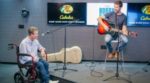 """Josh Turner & Randy Travis Sing """"Forever And Ever, Amen"""" Live On Air"""