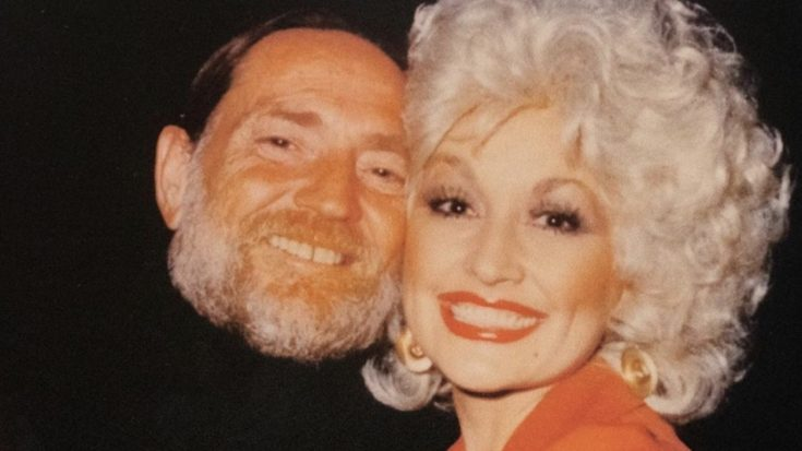 """Dolly Parton Releases """"Pretty Paper"""" Duet With Willie Nelson   Classic Country Music Videos"""