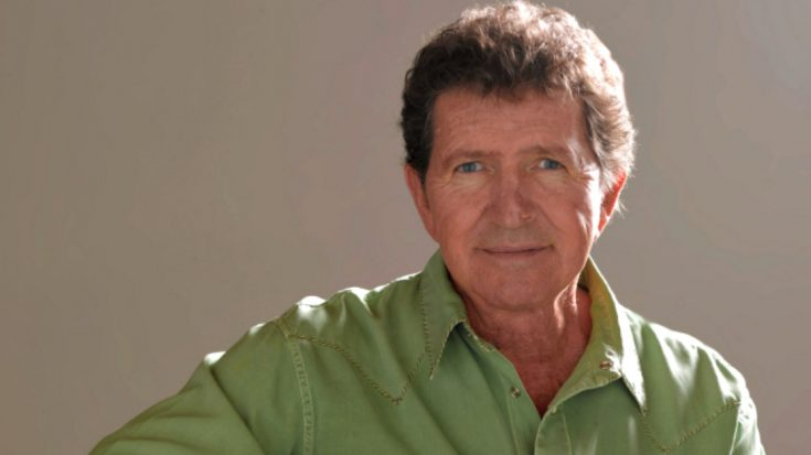 Former ACM Entertainer Of The Year Mac Davis 'Critically Ill' Following Heart Surgery   Classic Country Music Videos