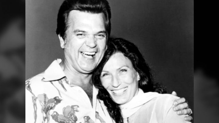 """""""Losing Him Nearly Killed Me…"""" Loretta Lynn Says Of Conway Twitty's Death 