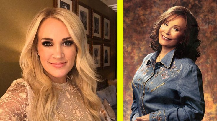 """Carrie Underwood Recalls Meeting Loretta Lynn: """"She Smacked My Rear"""" 