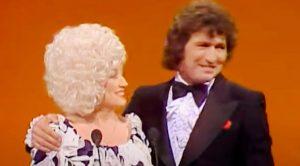 Dolly Parton Mourns Death Of Former Duet Partner Mac Davis