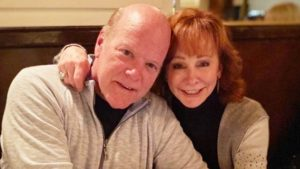 Reba McEntire Introduces New Boyfriend, Actor Rex Linn