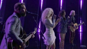 Little Big Town Honor Kenny Rogers With CMA Tribute Performance