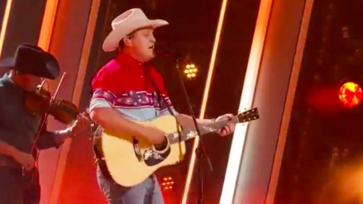 "Jon Pardi Delivers ""Pickup Man"" Tribute To Joe Diffie During 2020 CMA Awards 