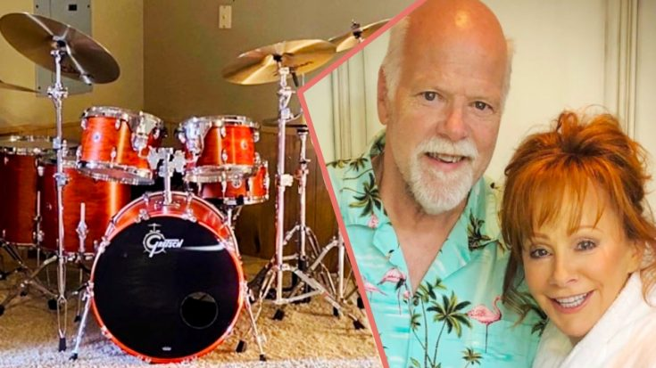 Reba Gives Boyfriend Rex Linn A Drum Set For His Birthday | Classic Country Music Videos