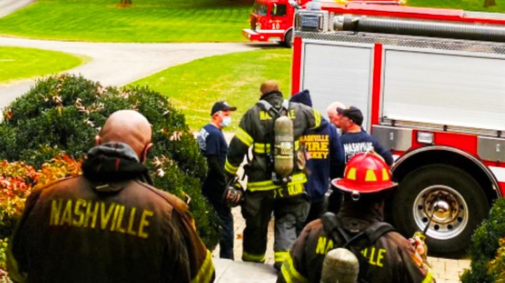 First Responders Called To Martina McBride's House Over Smoke | Classic Country Music Videos