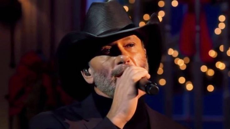 Tim McGraw Makes First CMA Country Christmas Appearance | Classic Country Music Videos