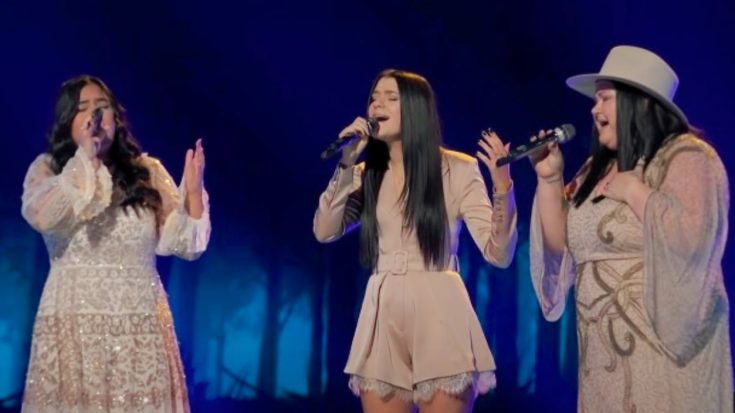 """Mother-Daughter Trio Worth The Wait Sings The Judds' """"Love Is Alive"""" On """"The Voice"""" 