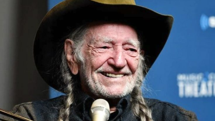 87-Year-Old Willie Nelson Gets COVID-19 Vaccine | Classic Country Music Videos