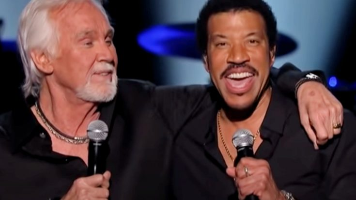 Lionel Turned Kenny Rogers' BBQ Invitation Down…So He Sent A Helicopter | Classic Country Music Videos