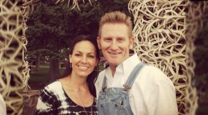 """Rory Feek Debuts """"One Angel,"""" Opens Up About Late Wife Joey"""