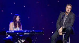 "Vince Gill & Daughter Corrina Perform Grammy-Winning ""When My Amy Prays"""