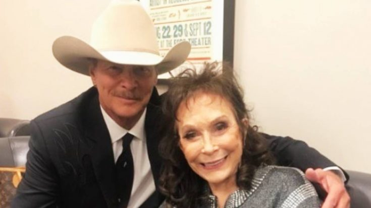 "Loretta Lynn Says ""Country Music Was Near Gone,"" Praises Alan Jackson's New Album"