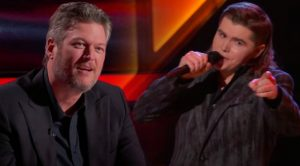 "Blake Shelton Praises Singer's ""Fishin' In The Dark"" Cover During ""Voice"" Battles"