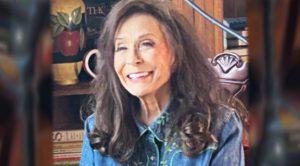 "88-Year-Old Loretta Lynn Proves She's ""Still Woman Enough"" With New Album Success"