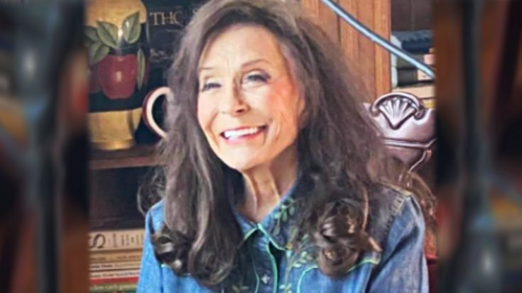"""88-Year-Old Loretta Lynn Proves She's """"Still Woman Enough"""" With New Album Success 