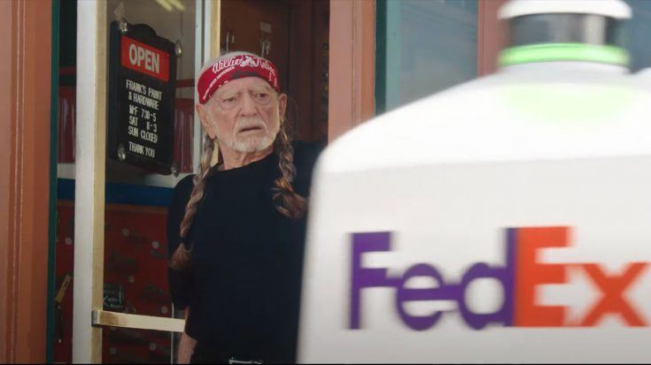 Willie Nelson Makes Cameo In New FedEx Commercial   Classic Country Music Videos