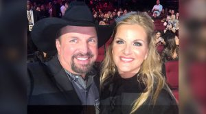 """Trisha Yearwood Opens Up About Being A """"Third Parent"""" To Garth's Daughters"""