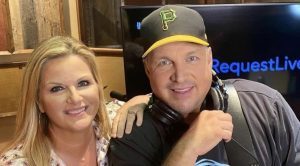 Trisha Shares Photo Of Mother's Day Gift From Garth