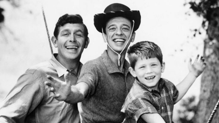 Ron Howard Shares Behind-The-Scenes Photo With Andy Griffith | Classic Country Music Videos