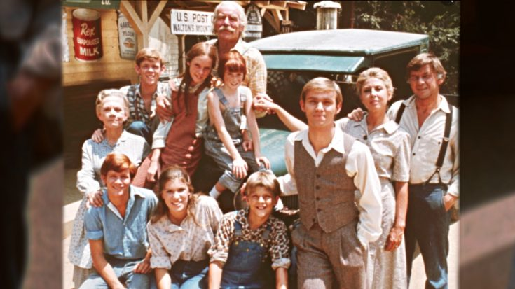 'The Waltons:' Actor Claims Studio Underpaid & Took Advantage Of Cast | Classic Country Music Videos