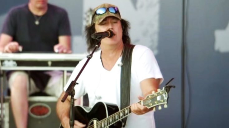 David Lee Murphy Asks For Prayers After Testing Positive For COVID-19